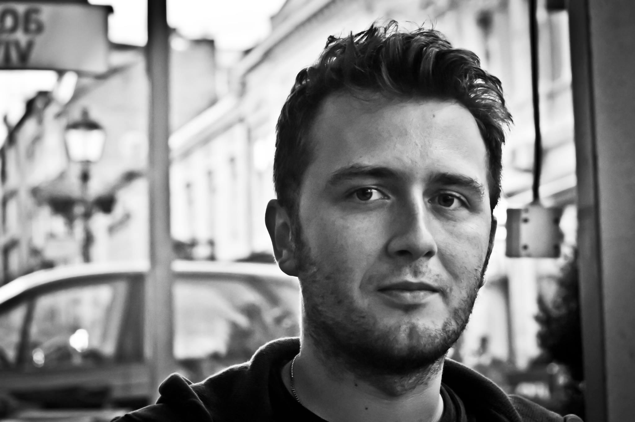 Zbyt optymistyczne – wywiad z Wojciechem Gunią